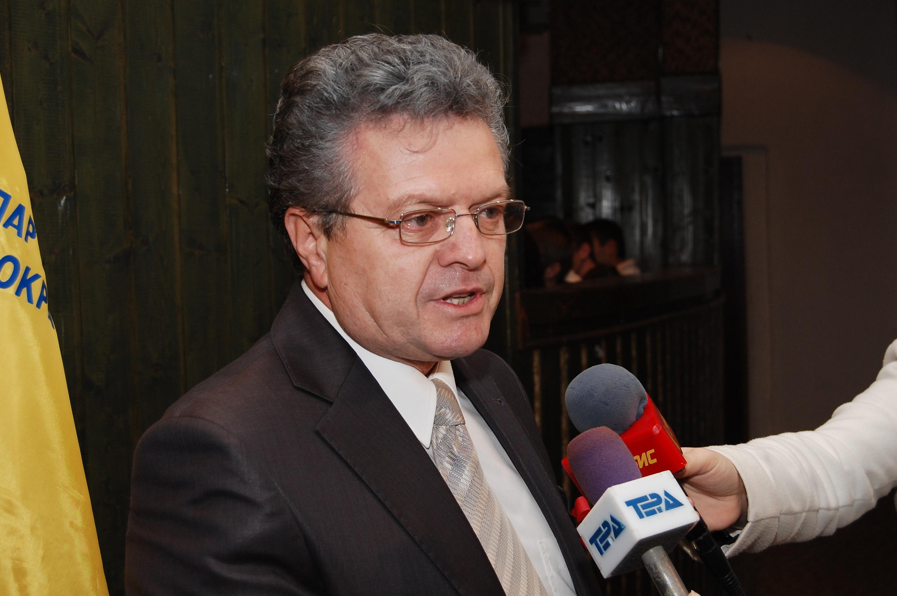 Јанкуловски: Со договорот од Нивици не ни се пишува добро! (Интервју)